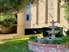 Building, South Pasadena Heights, 0