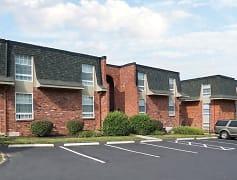 Building, Retreat at Seven Trails, 0