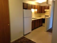 2 br kitchen 1st floor