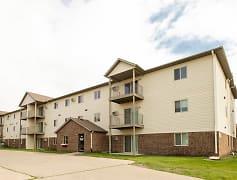 Danbury Apartments - Fargo, ND