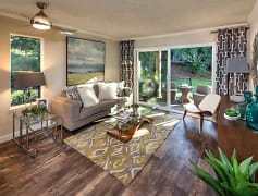 Living Room, Vue Kirkland, 0