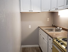 Kitchen, 395 Donnan Avenue, 0