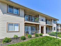 Building, Rolling Hills Apartments, 0