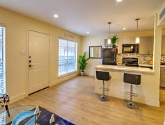 The Dawson at Stratford Apartments in Montrose, Houston, Texas