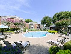 Exterior Pool 1