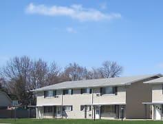Building, Pine Manor Apartments, 0
