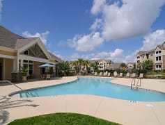 Pool, Highland Hills Apartment Homes, 0