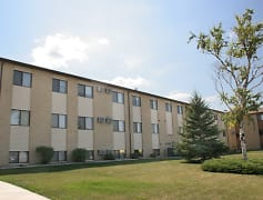 Brookfield Apartments - Fargo, ND