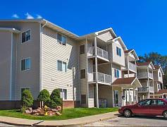 Deerfield Apartments - Council Bluffs, IA