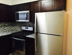 Kitchen, Lakeview Terrace, 0