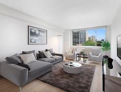 500 W Belmont One Bedroom, Living Room