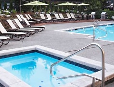 Pool, eaves Redmond Campus, 0