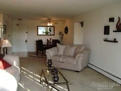 Living Room, Beech Pointe Apartments, 0