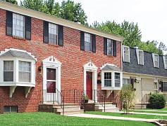 Building, Gardenvillage Apartments & Townhouses, 0