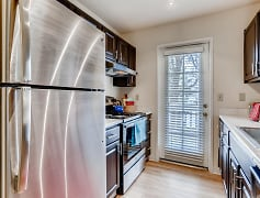 The Richfield - Denver, CO Apartments - Kitchen