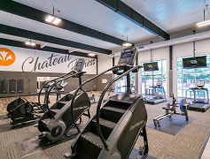 Fitness Weight Room, Chateau Trailview, 0