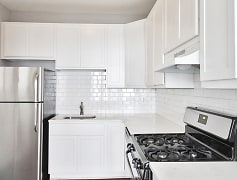 Kitchen, 1026 Washington Apartments, 0