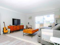 10800 Rose Avenue Apartments, 0