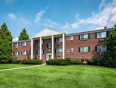 Building, Sweetbriar Apartments, 0