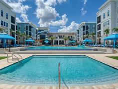Ciel Luxury Apartments - Jacksonville, FL - Resort Style Salt Water Pool & Spa