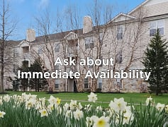 St. Andrews apartments have beautiful grounds and plenty of open space.