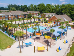 Southern Downs Apartments offers resort-style living at an affordable price!