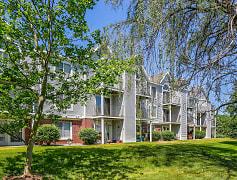 Building, Gull Prairie/Gull Run Apartments and Townhomes, 0