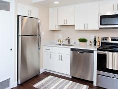 Kitchen, Cedar on the Blvd, 0