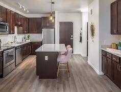 Kitchen, Oaks Minnehaha Longfellow, 0