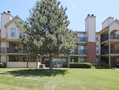 Building, Newport Apartments, 0