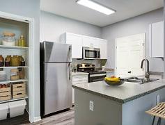 Kitchen, Miramonte and Trovas Apartments, 0