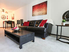 Glen Pond Apartments - Living Room