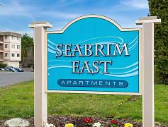 Building, Sea Brim East Apartments, 0