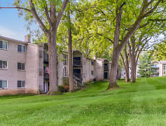 Building, Wynnewood Park Apartments, 0