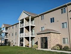 Eagle Run Apartments - West Fargo, ND