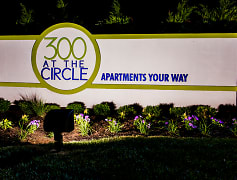 Welcome sign at 300 at the Circle, apartments in Lexington, KY!
