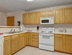Heritage Park Kitchen with a Full Appliance Package