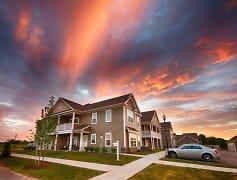 Pinebrooke Apartments