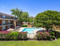 Pool, Treehouse Apartments, 0