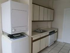Kitchen, Heights Apartments on Overlook, 0