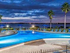 Pool, VIEW Carlton Arms, 0