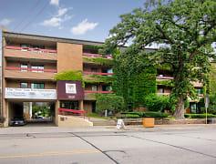 Building, Oak Tree Apartments, 0