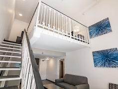 Living Room, Boulevard 2500, 0