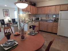 Kitchen, Klockner Woods & Crestwood Square Apartments, 0