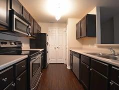 Augusta phase II - Kitchen