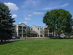 Pondview Apartments