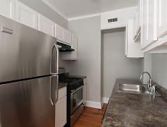 165 S Oak Park Apartments, 0