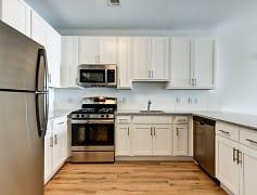 Kitchen, 29 Washington, 0