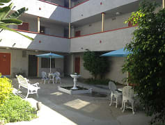 Courtyard, Wright Avenue Apartments, 0