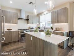 Kitchen, Paxton Calabasas, 0